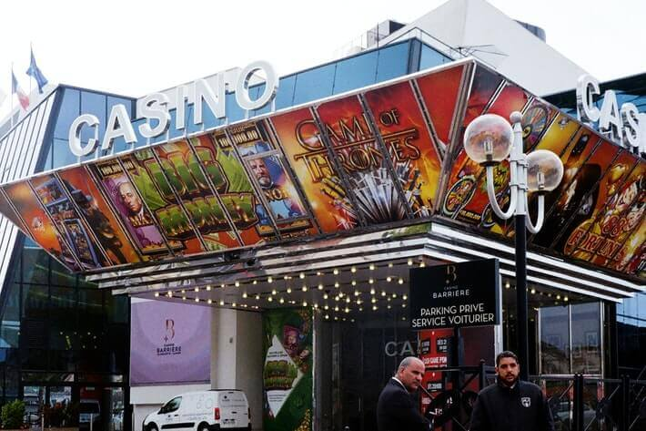 Worldwide Gambling Regulations Change as Players Switch to Online Casinos featured image