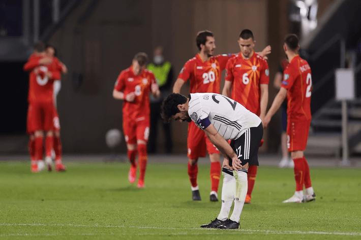 germany loses to macedonia world cup qualifiers